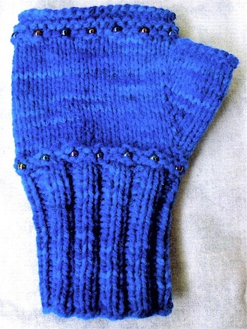 Ravelry: Women's Convertible Mittens Pattern pattern by Knit Picks