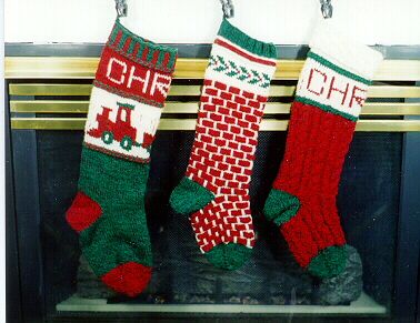 Knit Christmas Stockings Patterns : CHRISTMAS STOCKINGS KNITTING PATTERNS   Free Patterns
